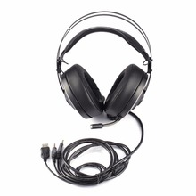Cheap price Wired Game Headset Deep Bass Gaming Headphones with Microphone Over-Ear Headband Earphone with Light for Computer PC Gamer