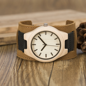 Image 5 - BOBO BIRD Mens Top Brand Mapel Wood Watches Chicago Bracelets Soft Leather Bands Straps With Gift Box Drop Shipping Relog