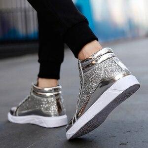 Image 2 - Мужские кроссовки с высоким берцем, удобные повседневные уличные кроссовки золотистого и серебряного цвета, 2019