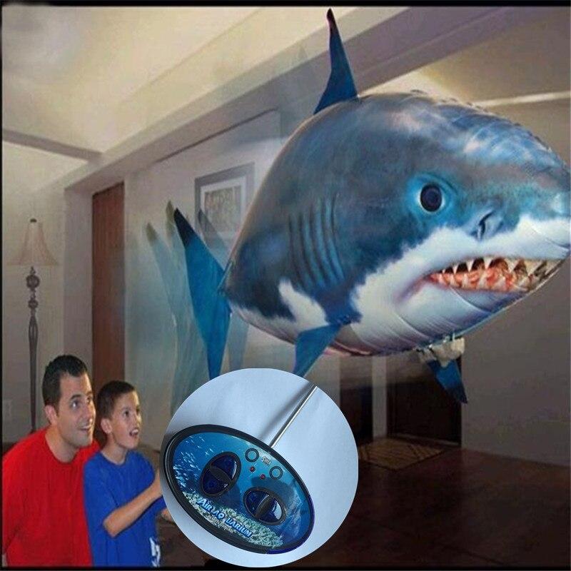 Commercio all'ingrosso-Air flying fish a forma di Alluminio palloncino in alta qualità; configurazione telecomando