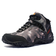 The latest fashion men's hiking shoes waterproof canvas outdoor skid climbing rock climbing fishing boots sports shoes sports hu цена в Москве и Питере