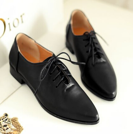New 2015 British Vintage Style Pointed Toe Oxfords For Women Flat Shoes  Lace up Plus Size