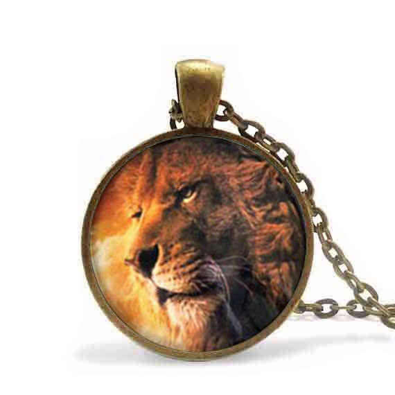 Aslan The Lion king Necklace Narnia Pendant Necklace women men jewelry chain brass necklaces charming