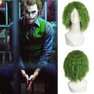 Batman Il Cavaliere Oscuro Joker Cosplay Breve Verde Dei Capelli Dell onda  Alghe Capelli Copricapi 3c267d26fa02