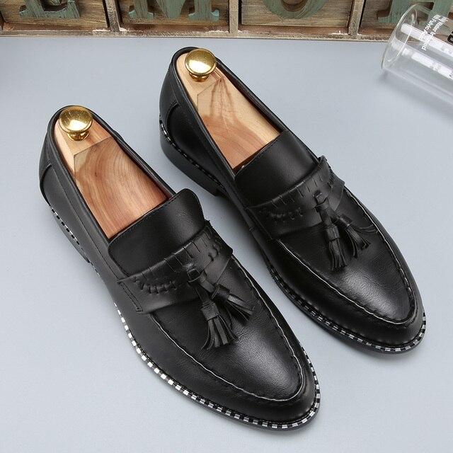 d4bac7280 Homem designer de sapatos masculinos borla marrom marca de luxo loafer  ballet flats pontas do dedo