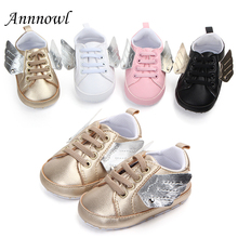 цена на Newborn Baby Boy Shoes Fashion Training Infant Girl Shoes for 1 Year Old Soft Sole Infantil Tenis Toddler Sneakers with Wings
