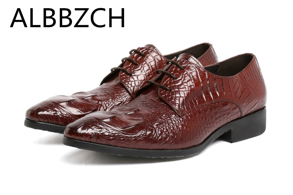 Luxury embossed cow leather men shoes pointed toe slip on mens dress sheos men wedding shoes work shoes plus size 37 44 US 5-10Luxury embossed cow leather men shoes pointed toe slip on mens dress sheos men wedding shoes work shoes plus size 37 44 US 5-10
