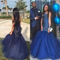 Azul marino Rhinestone Rebordear Sirena Vestidos de Baile Atractivo Del Amor Sin Respaldo Vestidos de Noche de Moda Perlas de Tul Vestido de Fiesta