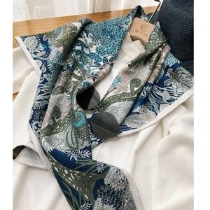 "Image 2 - מדהים כחול הדפסי 100% משי צעיף חיג אב ראש צעיפים לנשים אופנה צעיפי צעיף צעיף 35"""