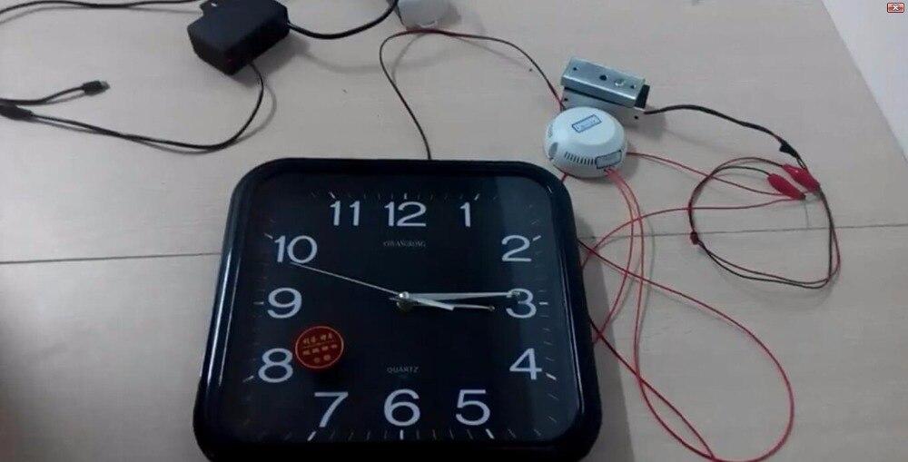 Horloge sans fil mettre le bon moment pour ouvrir la serrure prop takagisme jeu vraie vie échapper salle outils - 3