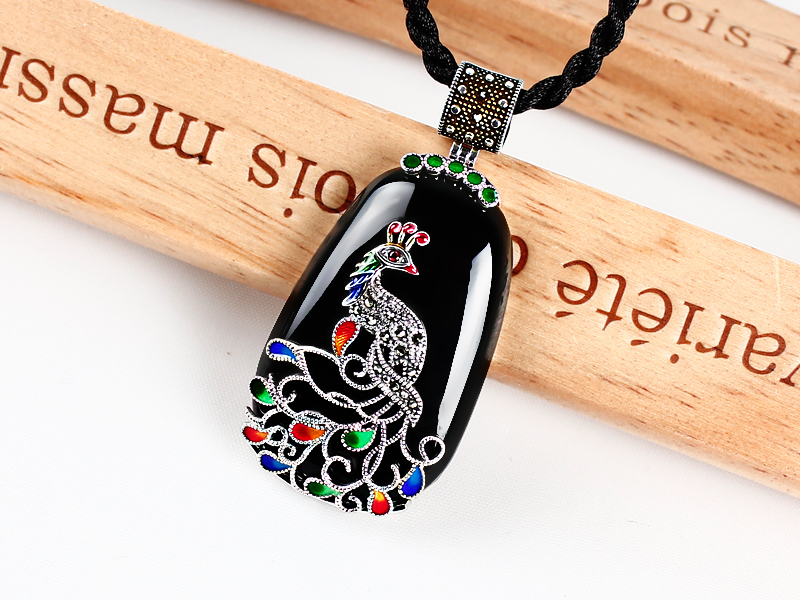 Thai silver black chalcedony agate jewelry pendant Pendant Chain peacock sweater women 925 silver jewelry 2018 top fashion sale agate s990 peacock peacock cloud chalcedony agate long silver chain sweater pendant wholesale