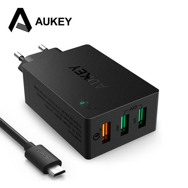 Aukey 42 w 3 portas usb carregador de parede de viagem portátil (2 portas 5 v/4.8a + 1 porta de carga rápida 2.0) 12 v/1.5a 9 v/2a 5 v/2a com cabo usb