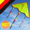 Alta calidad envío gratuito amarillo pintura diy blanco kite20pcs / porción con línea de la cometa ripstop nylon tejido de la cometa weifang fábrica