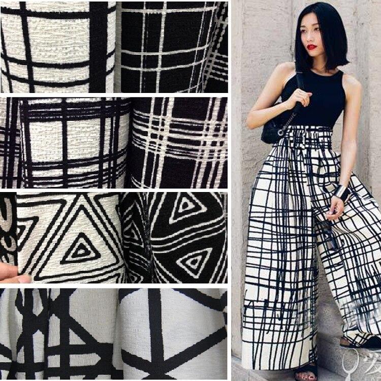 Платья ткани в складку