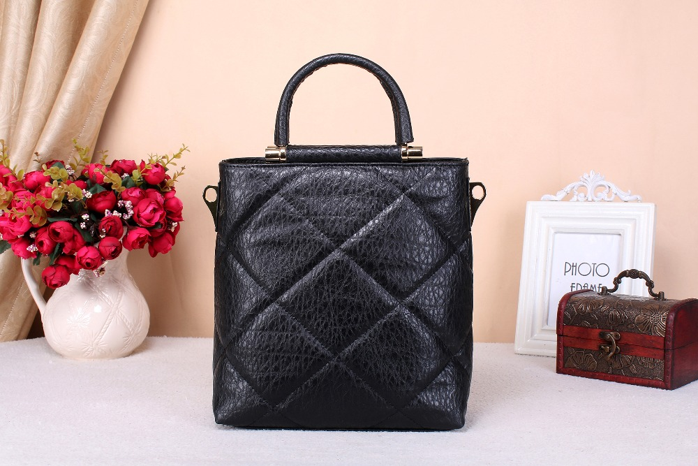 ФОТО women handbag  messenger fashion  genuine cowhide leather Quilted  handbag casual bag Europe  the United States  style 3 colors