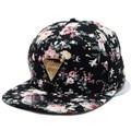 Может Отслеживать Бейсболка Цветочные Хип-Хоп Шляпа Snapback Плоским Козырьком Регулируемая Цветок Hat Для Женщин Шапки Моды