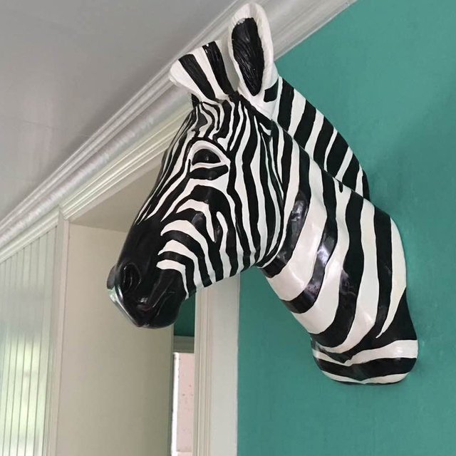 Handicrafts Wall Hanging Zebra Head Resin Wood Animal Wildlife