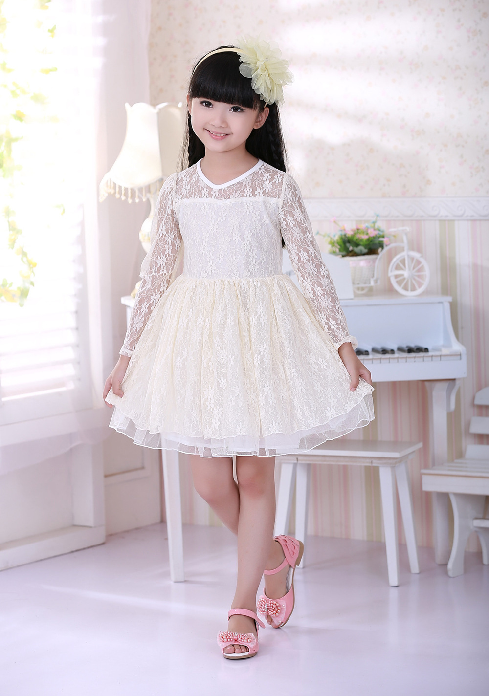 43283df4103 New Spring Autumn Girls Lace Princess Dress Hollow Long sleeved ...