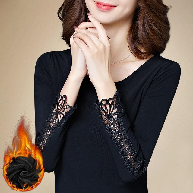 Más el tamaño 5XL de la mujer de encaje camisa femenina básica de manga larga de terciopelo engrosamiento de cuello redondo T-shirt de gasa de cuello alto top tees
