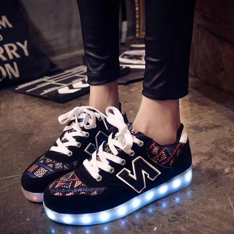 015 Real Chaussure Homme Yeezy Free Shipping Cheap New Wave Shoes N Letters  Couple Colorful Led Usb Charging Lights Glare Night 1d4a6780ad1