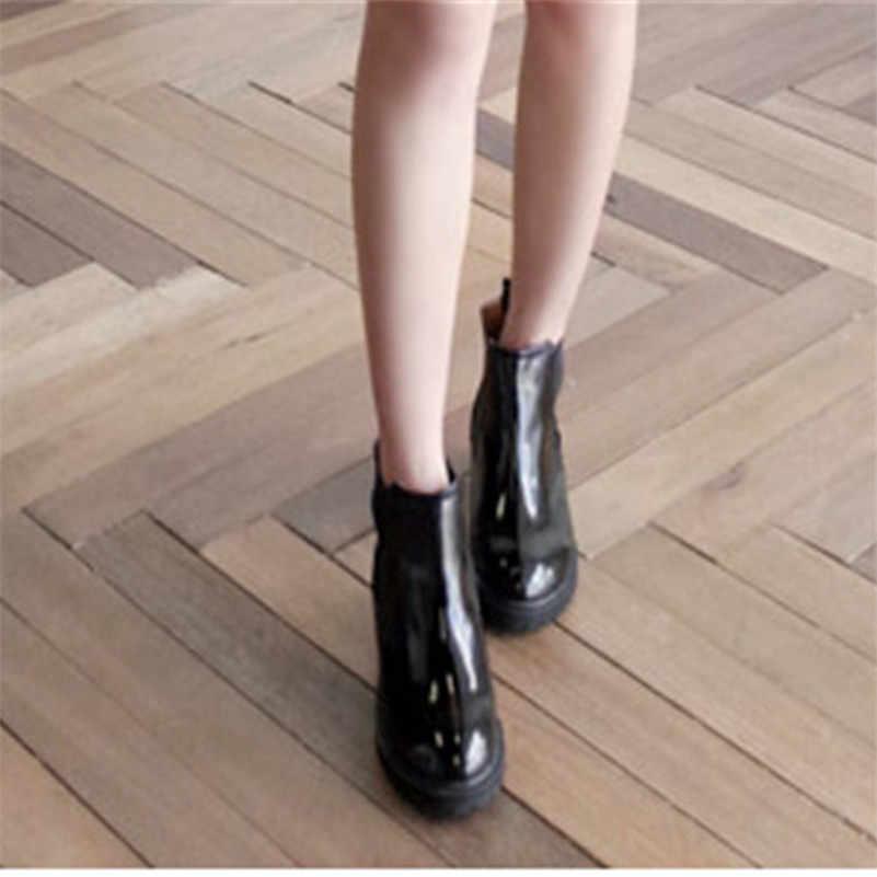 FEDONAS Punk Kadınlar Patent Deri yarım çizmeler Med Topuklu Sonbahar Kış Bayan Ayakkabıları Kadın Yuvarlak Ayak Kısa Motosiklet Botları