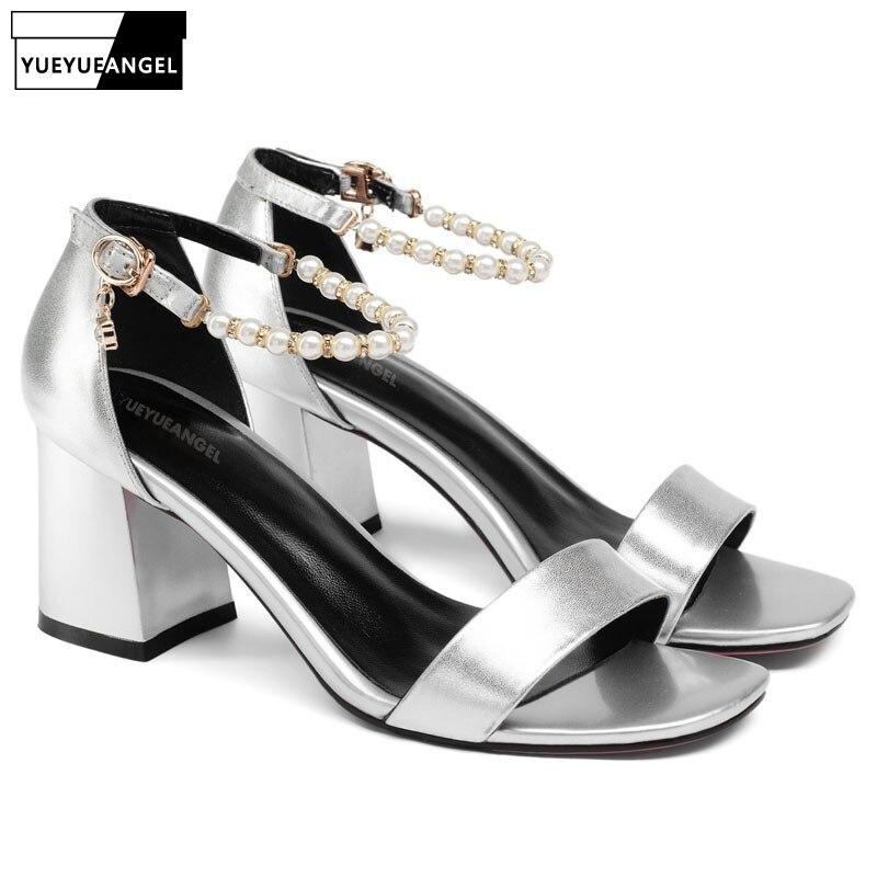 16a05d35d379dc Chaîne 2018 En Chaussures Orteils Peep Sandales Bloc Silver Femmes Cuir  Perles Talons Véritable Dames Haute ...