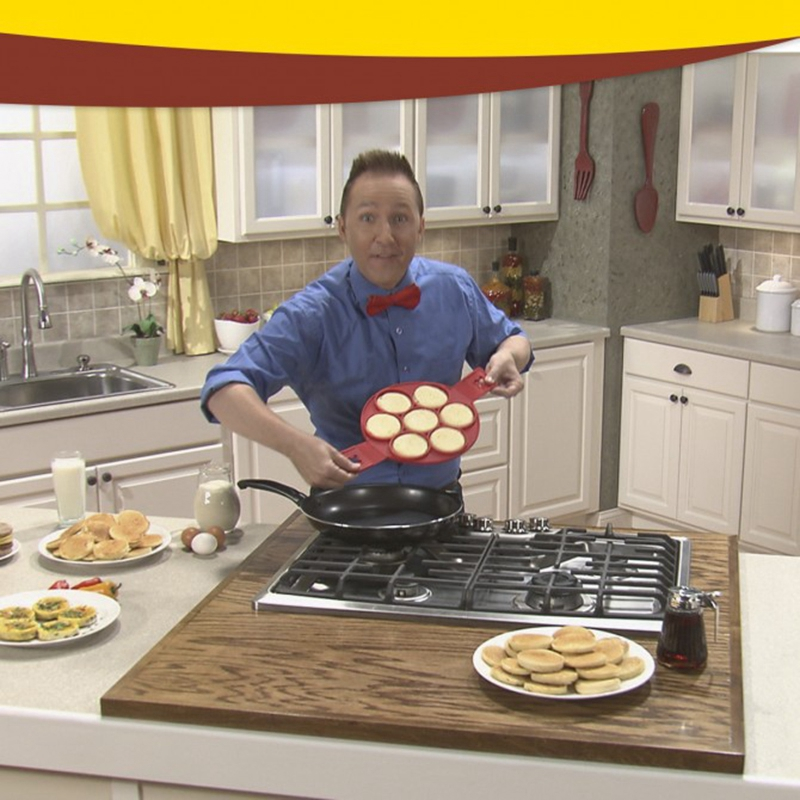 New-2017-Non-Stick-Flippin-Fantastic-Nonstick-Pancake-Maker-Egg-Ring-Maker-Kitchen (3)