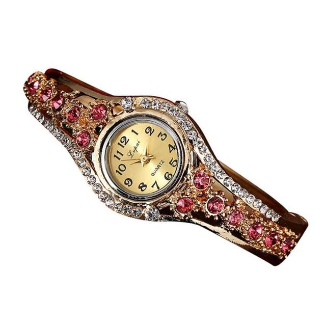 Fashion Casual Watches 2018 Hot Gold Women Bracelet Watch Alloy Wrist Watches Elegant Women Quartz Watch Clock Female Gift P40