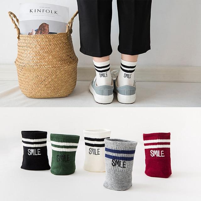 2018 Classic Girls 2 Two Striped Smile Cotton Crew Socks Retro Old School Hiphop Skate Short White Green Harajuku Socks Korean