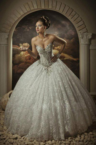 Princess Corset Wedding Dresses with Crystals