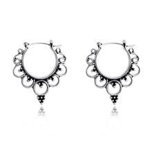 Brincos de argola com coroa de queen, 1 par brincos para mulheres retrô, cor antiga, oco, redondo, joias E15-2