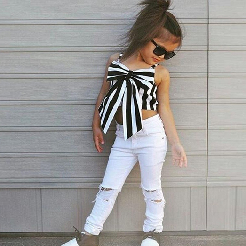 2017 Hot Girls Set Tops and Pants 2 Pieces Summer Stripes Ribbon Short Sling Fashion Hole Pants European Style Childrens Suits