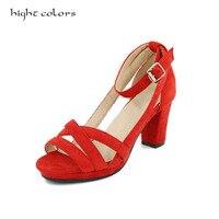 2017 Nouvelle Rome Chaussures D'été Rétro Noir Rouge Talons Épais Femmes sandales Pour Dames Gommage En Cuir À Bout Ouvert Plate-Forme Haute Talons Chaussures