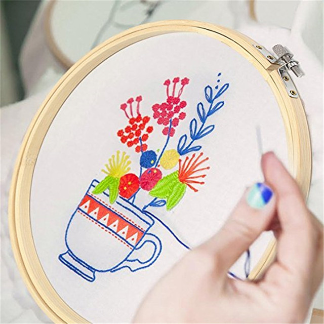 5pcs Wooden Round Adjustable Bamboo Hoops Threads Scissors Needles Sewing Accessories Cross Stitch Hoop Embroidery Hoop