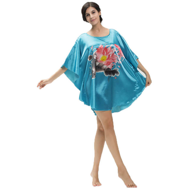 the best attitude ca43d b0ab4 US $10.03 39% OFF|Damen Sexy Silk Satin Nachthemd Fledermaus ärmel Nacht  Kleid gedruckt Nachtwäsche Schlafkleid Frauen Pyjama lingerie Bademantel-in  ...