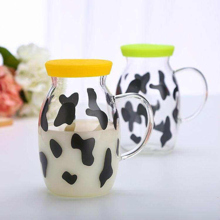 молоко кувшин стекла