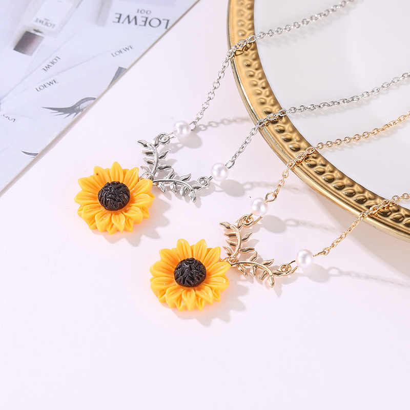 1SET Delicate Sunflower Pendant Necklace Earring For Women Creative Jewelry Necklace Collares Mujer Clothes Accessories