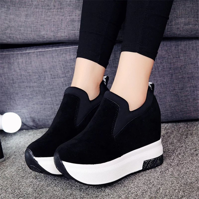 Rimocy High Platform Casual Shoes Woman 2019 Spring Fashion Height Increasing Heels Slip On Creepers Women White Black Vulcanize