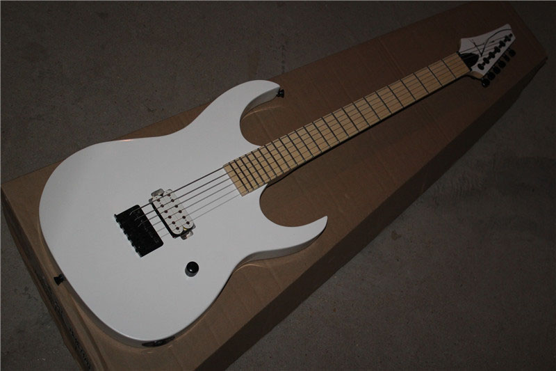 free shipping Top quality New Arrival  White Electric Guitar reversed headstock one Pickup 1117free shipping Top quality New Arrival  White Electric Guitar reversed headstock one Pickup 1117