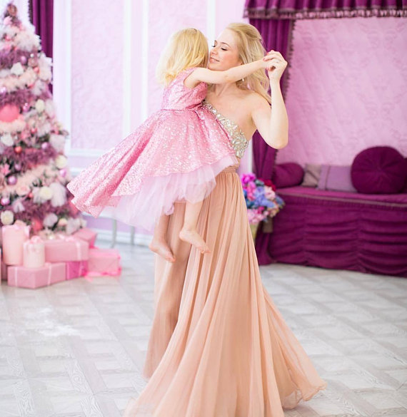 New pink   girls   first birthday   girl   outfit   flower     girl     dress   Tutu   dress   baby   girl   sequins high low   dress   custom made