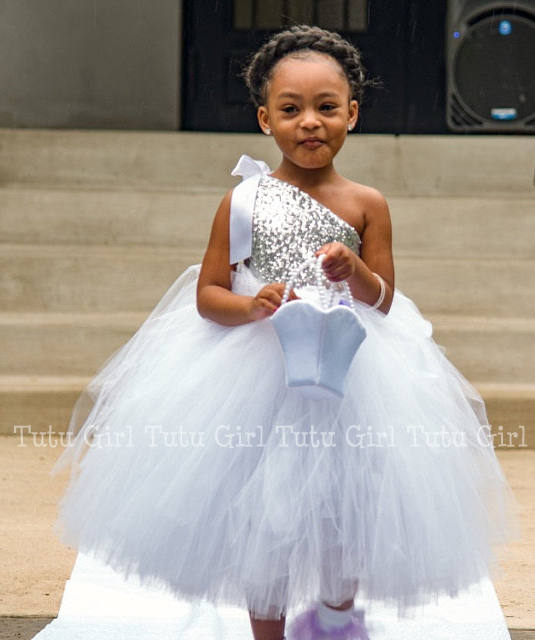 Silver Sequined Baby Girl Tutu Dress White Ivory Ankle Length Casual Flower Girl Dress for Wedding Party Baby Girls ClothesSilver Sequined Baby Girl Tutu Dress White Ivory Ankle Length Casual Flower Girl Dress for Wedding Party Baby Girls Clothes