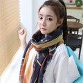 Новые женщины Прибытия Мода полосой плед шарф Женские модели бархат шифоновый шарф супер длинный шарф Женщины Scraf