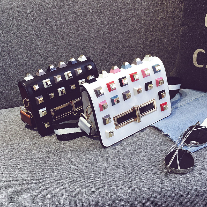 2017 Summer Small Pu Leather Big Colorful Rivets Women Message bags European and American Style Women Crossboday Bags 303