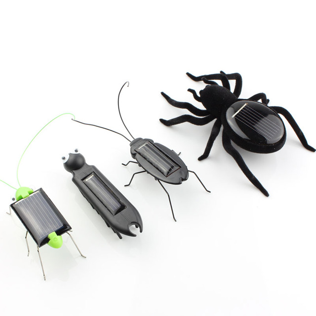 4pcs mini kit Novelty kid Solar Energy Powered Spider cockroach Power Robot Bug Grasshopper educational gadget Toy for children