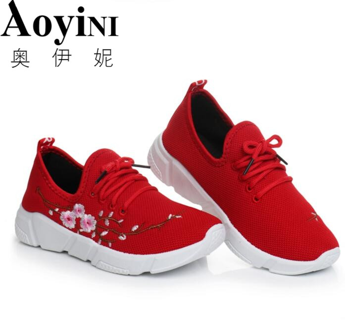 Women Flats Lace-up Women Casual Shoes Embroider Flowers Fashion Women Shoes Flat Loafers Soft Breathable Sport Sneakers vintage embroidery women flats chinese floral canvas embroidered shoes national old beijing cloth single dance soft flats