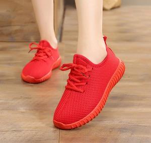 Image 4 - Zapatos de tela para mujer, zapatillas deportivas informales planas, antideslizantes, cómodos, de encaje, individuales