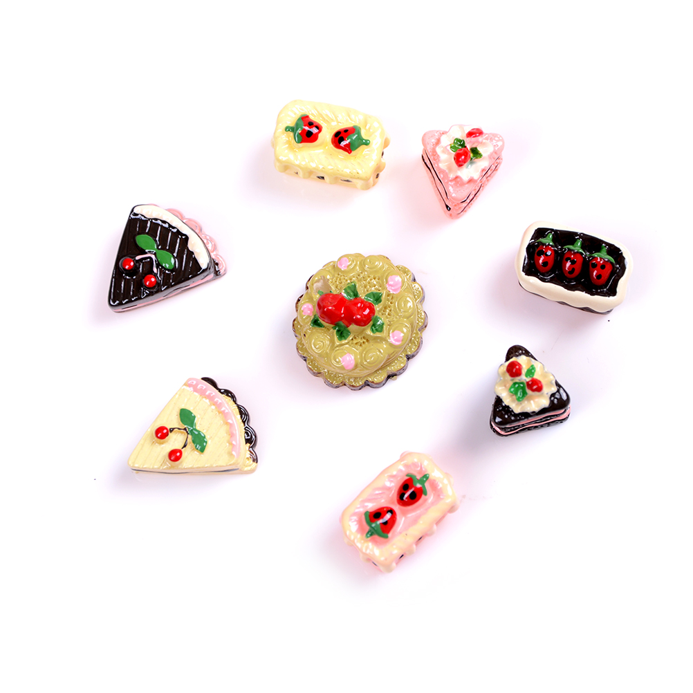8Pcs DIY Miniature Artificial Fake Food Cake Resin Decorative Craft Play Doll House Toy Miniature Food Children Girls Gift