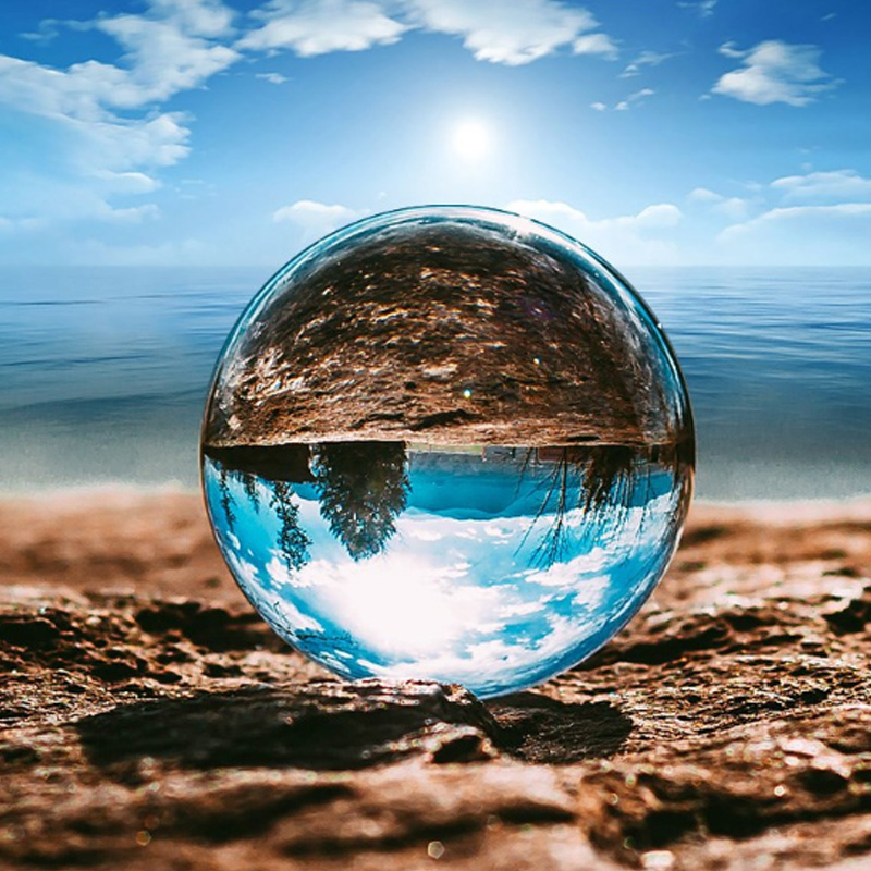 Hot Sell Magic Natural Crystal Ball Quartz Feng Shui Photography Glass Crystals Craft Travel Take Pictures Decorative Balls