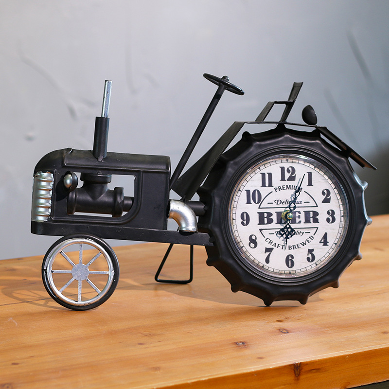 American Creative retro iron locomotive clock office desktop clock creative Home Furnishing desktop clock.