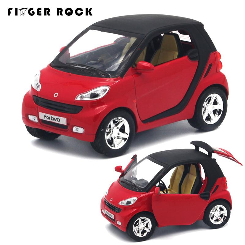 Mini inteligente 1:32 modelo de auto tire hacia atrás diecast coche de metal chi